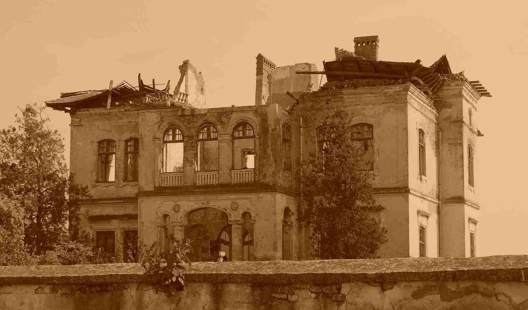 mansion-755703_1920